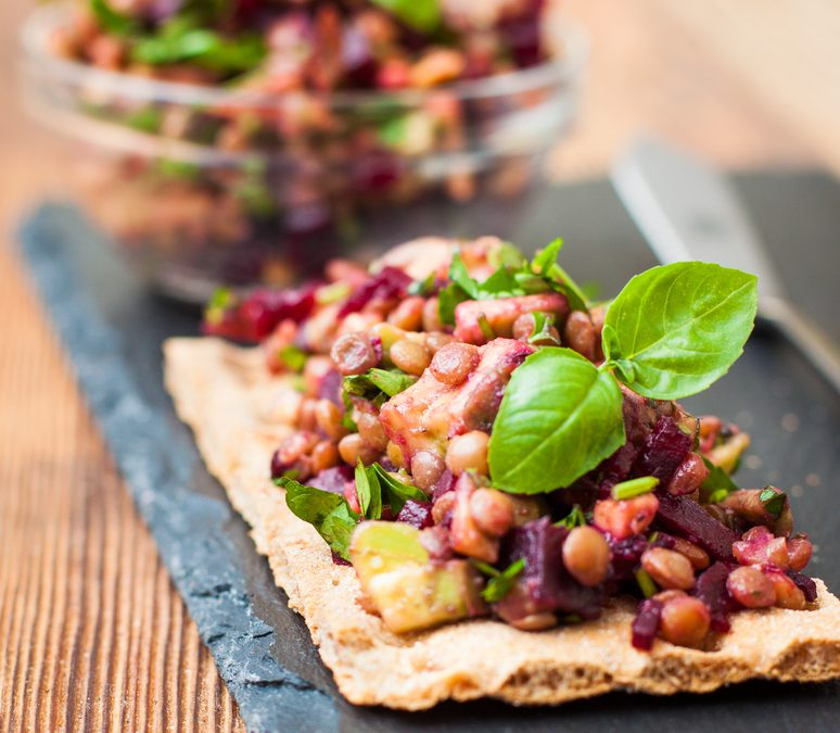 Cracker met Linzen Avocado & Biet